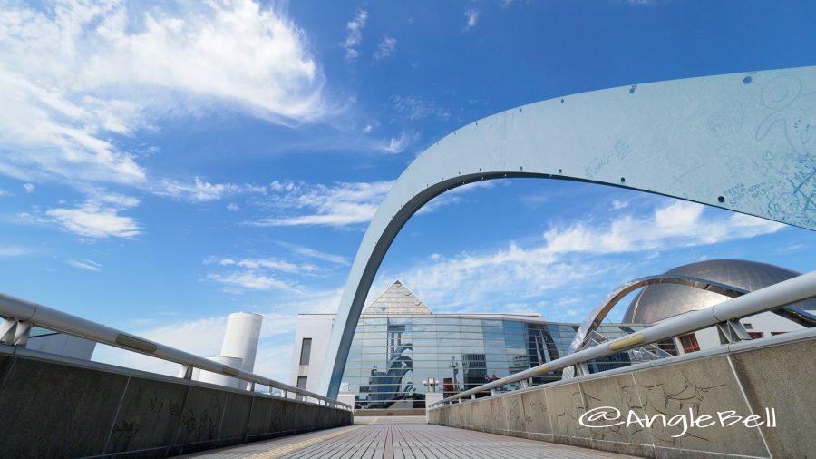 名古屋港 ポートブリッジと名古屋港水族館