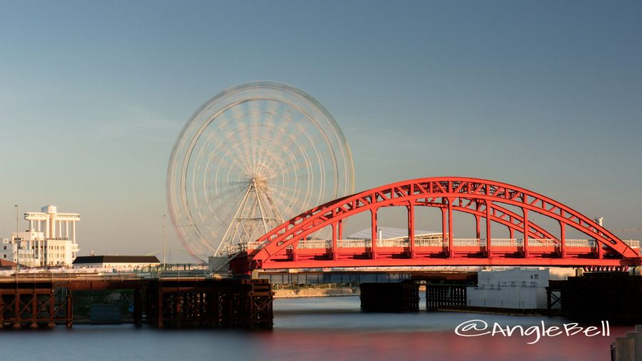 名古屋港 中川橋と観覧車