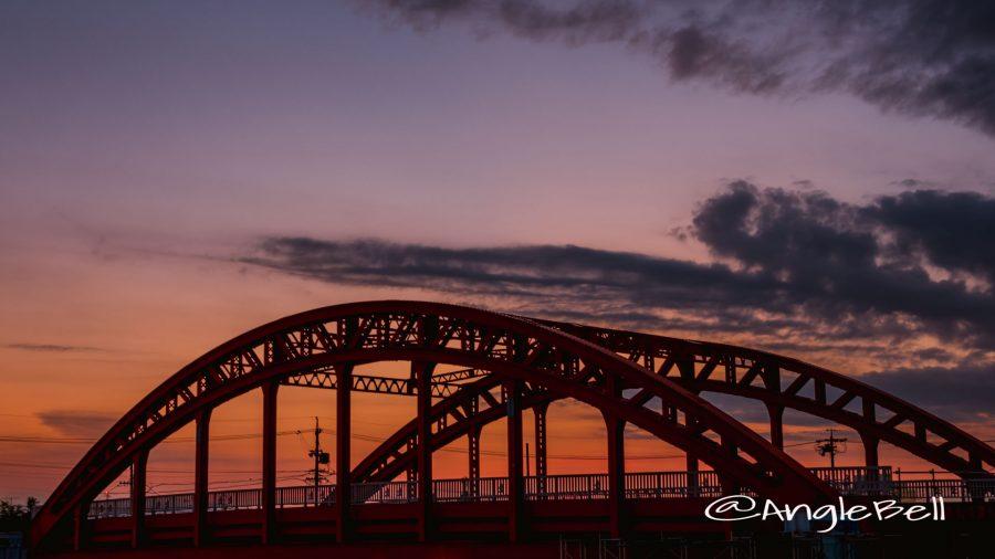 中川運河 中川橋と夕日