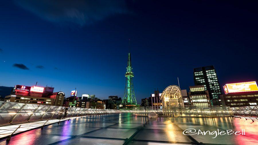 水の宇宙船と名古屋テレビ塔 グリーンライティング