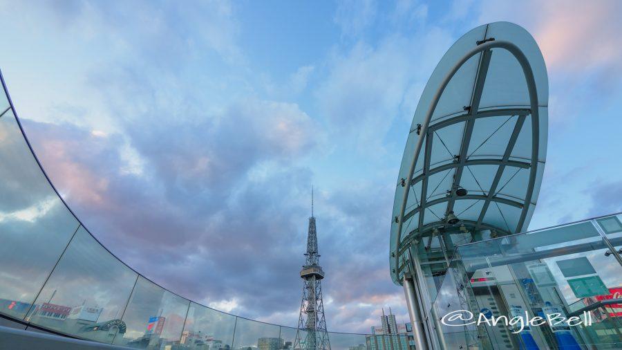 オアシス21から見る空と名古屋テレビ塔