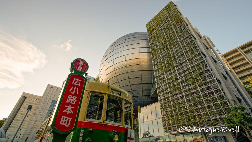 市電と名古屋市科学館 August 2020